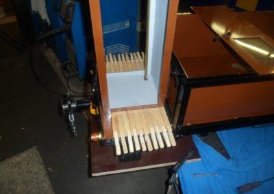 Aufkleben der Holzleisten